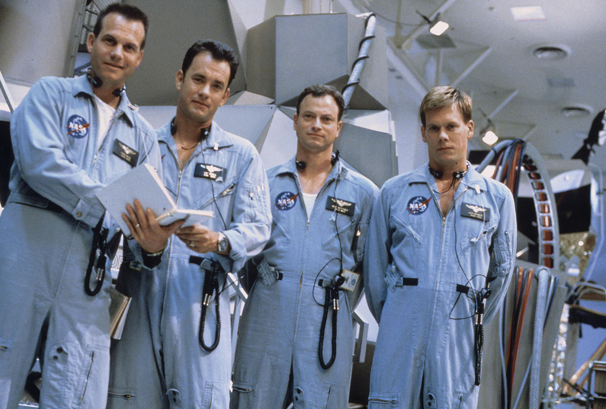 http://movies.bg/wp-content/uploads/2011/02/apollo-13-1.jpg